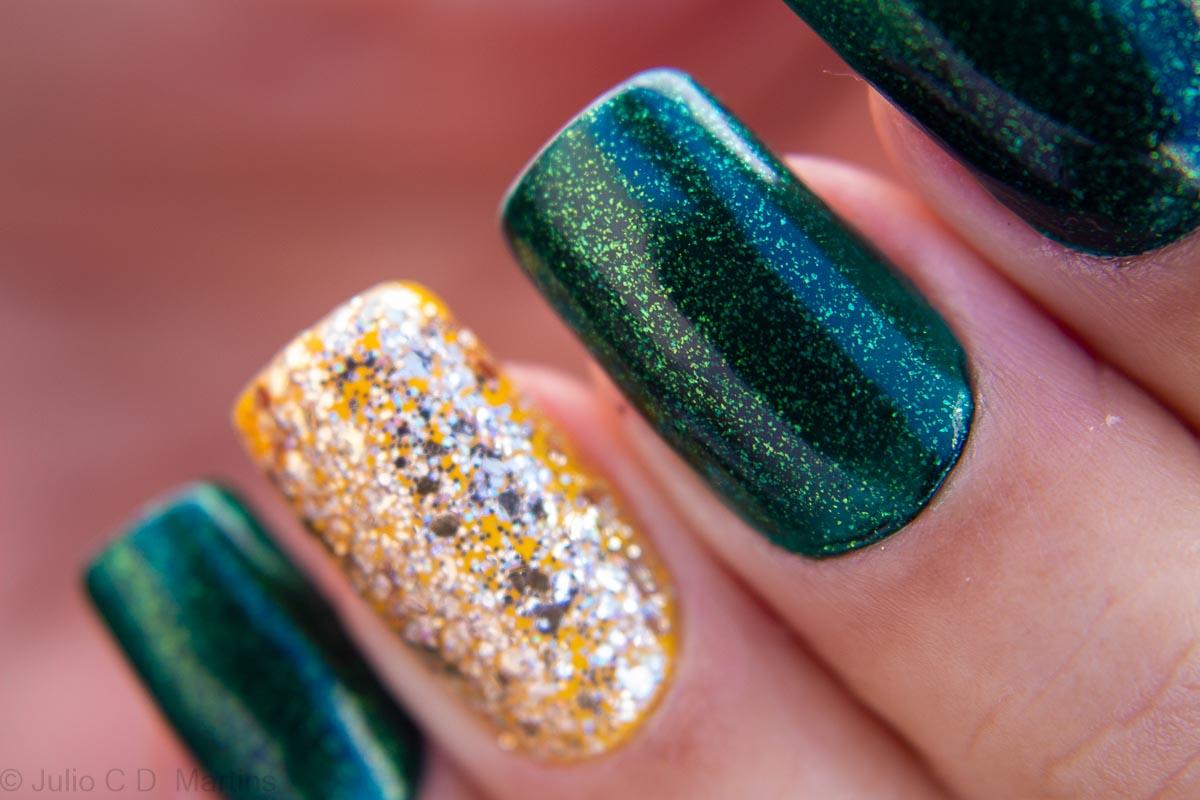 Unhas para copa: verde e amarelo com glitter