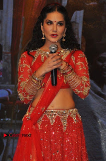 Bollywood Actress Model Sunny Leone Dance Performance in Red Half Saree at Rogue Audio Launch 13 March 2017  0117.jpg
