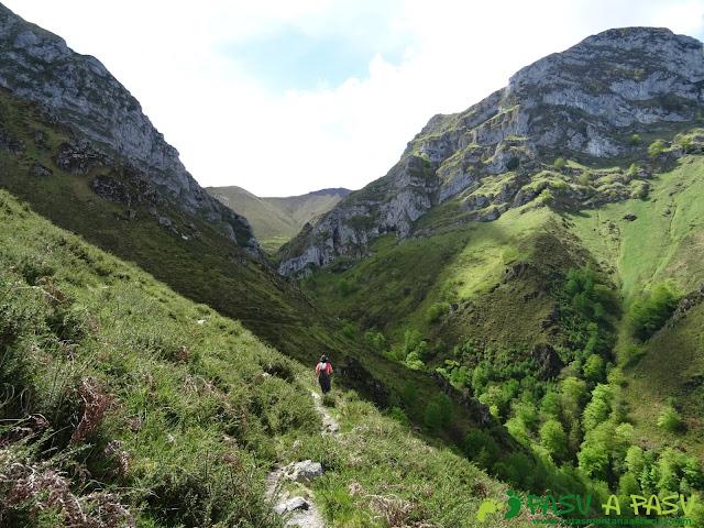 Ruta al Pierzu desde Priesca: Camino al Sedo Espina