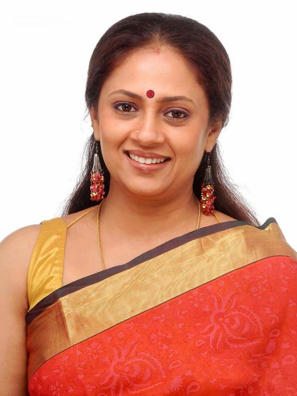 Actress Lakshmi Ramakrishnan Hot Photoslatest Telugu-7086