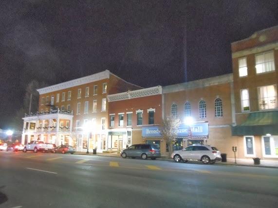 Kentucky Travels: The Golden Lamb Restaurant and Inn in Lebanon Ohio