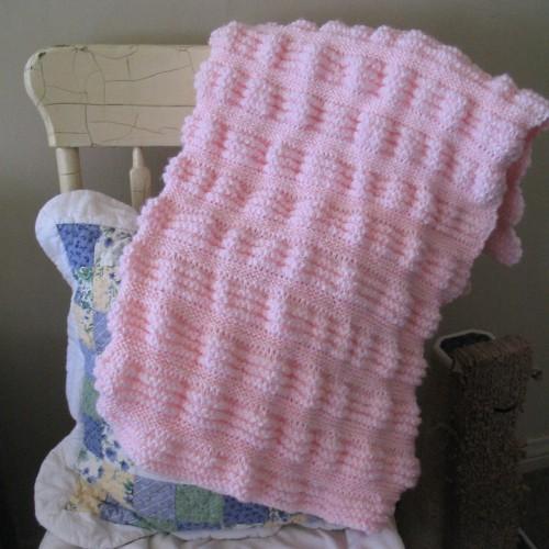 Garter Stitch Ruffles Baby Blanket - Free Pattern