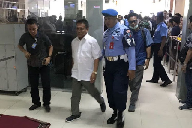 Terjaring Operasi Tangkap Tangan, Akankan Hukum Islam Akan Potong Tangan Gubernur Aceh, Irwandi Yusuf?