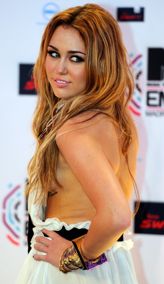 Celebrity Wallpapers, Video Songs,Hot Movie Clips: Miley