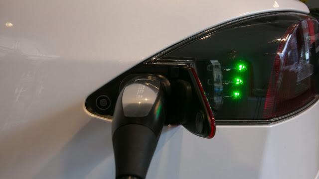 Las empresas mexicanas que 'aceleran' planes en autos eléctricos