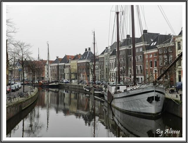 canal-groningen-vapoare-barci