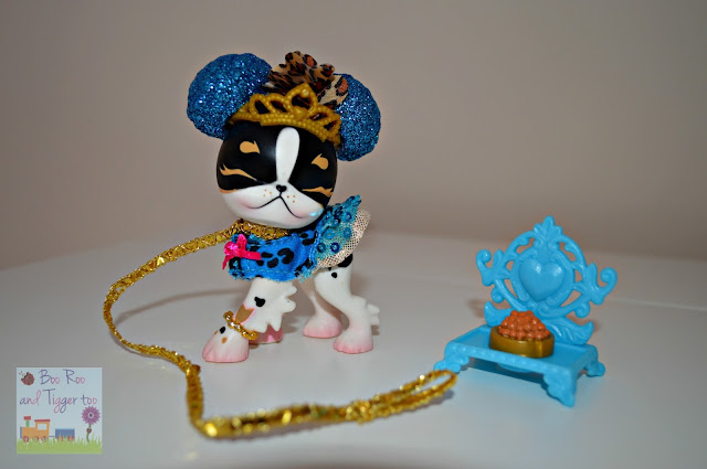 Pinkie Cooper Jet Set Pets Collection
