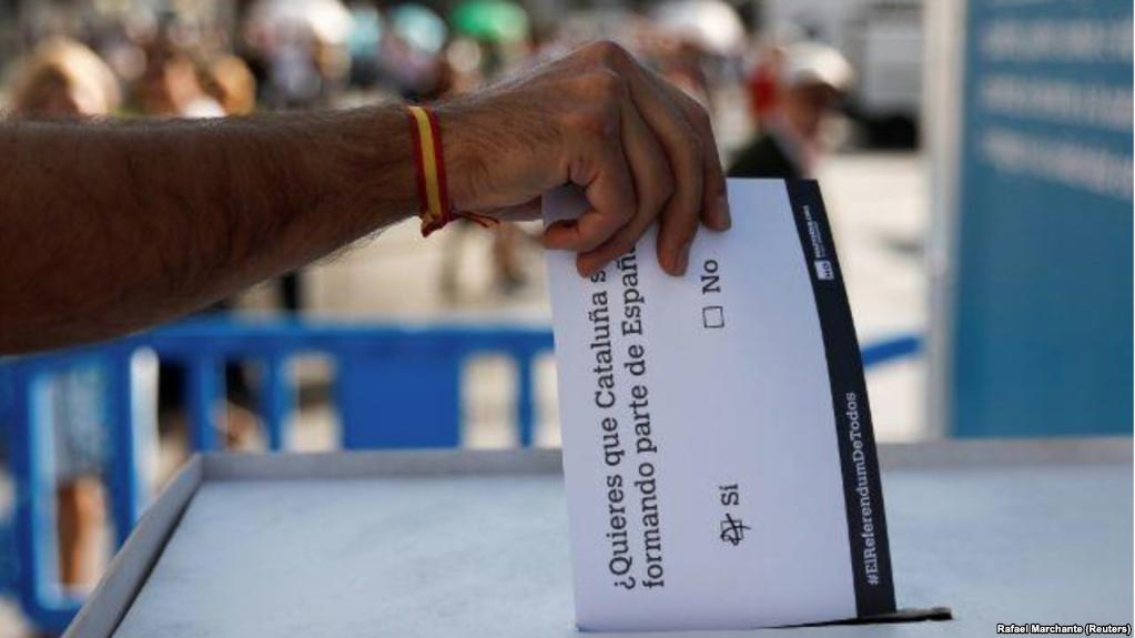 Fallo supone la derrota del presidente catalán Carles Puigdemont