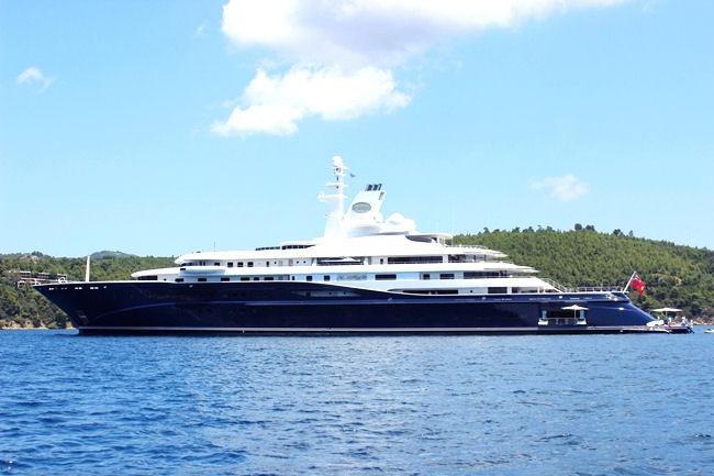 yacht from Abu-Dhabi in Skiathos Greece