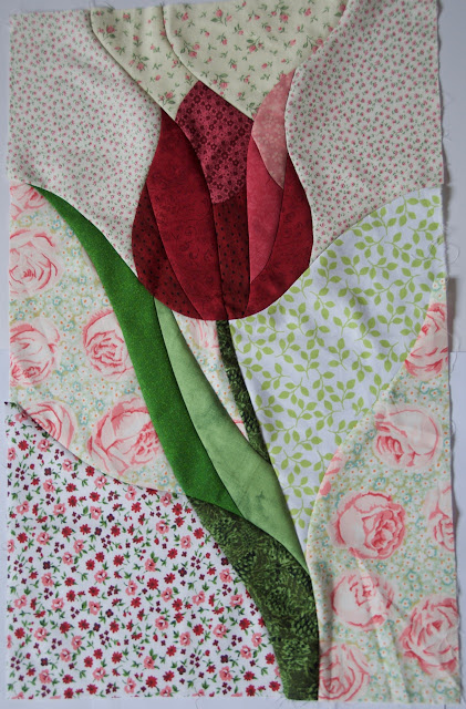 Curve pieced tulip pattern