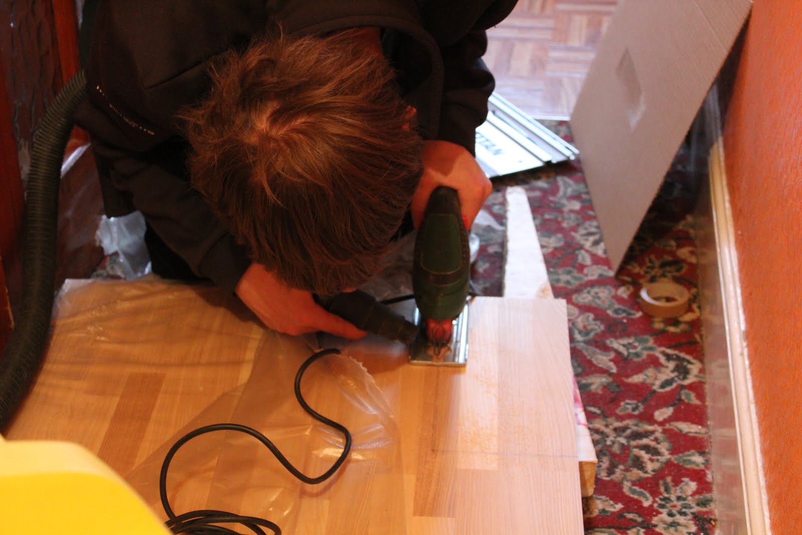 DIY cutting a wood worktop