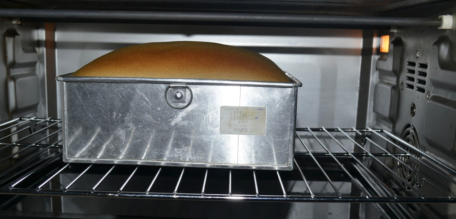 The Steam Bake Method A Tray Filled With Water Is Placed On Bottom Rack