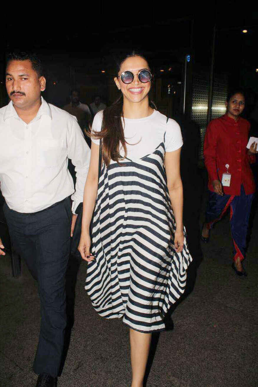 Deepika Padukone Spotted at The Airport In Mumbai