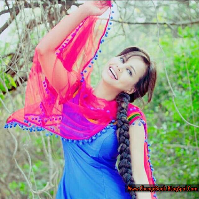 Desi Instagram: Cute Stylish Punjabi Girls Hd Wallpapers
