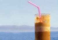Διατροφή το καλοκαίρι - Το ρόφημα που προκαλεί μεγαλύτερη εφίδρωση