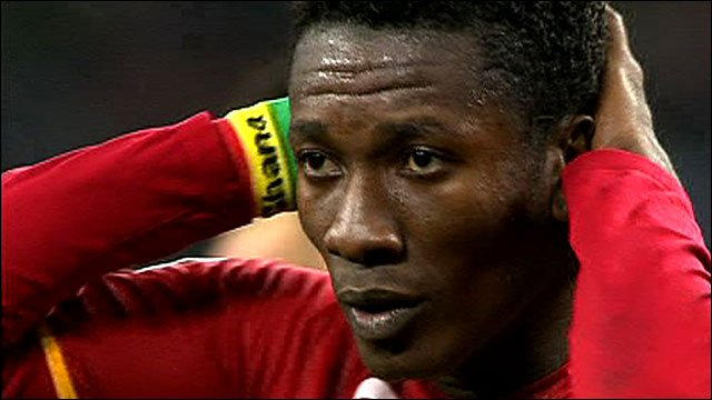 Asamoah Gyan admits making mistakes in China