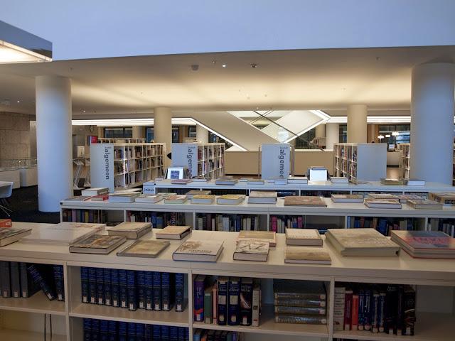 Openbare Bibliotheek de Amsterdam interior