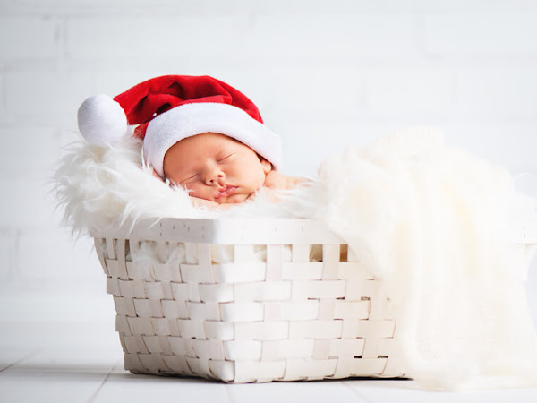 Ways to Enjoy The Holidays As A New Parent