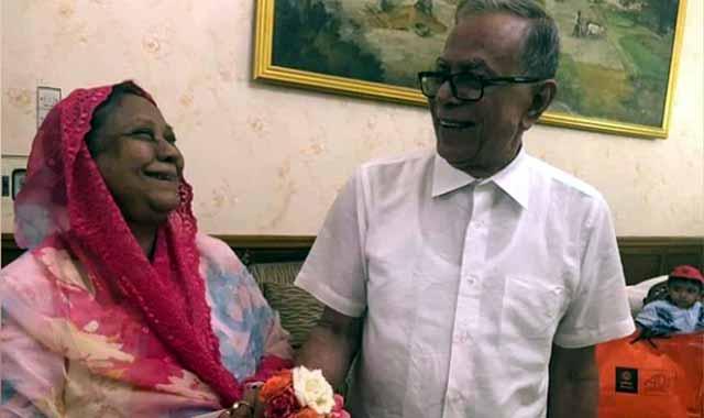 জোৎস্নার স্নিগ্ধ আলোয় কেঁটে গেল রাষ্ট্রপতি আবদুল হামিদের ৫৫ বছর