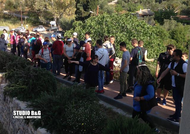 Επίσκεψη του Ενιαίου Ειδικού Γυμνασίου - Λυκείου Αργολίδας στη Αρχαία Ασίνη