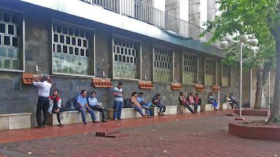 Tempat Isi Ulang Baterai di Masjid Istiqlal
