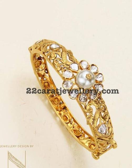 Pachi Necklace Waistbelt by Nikitha Linga