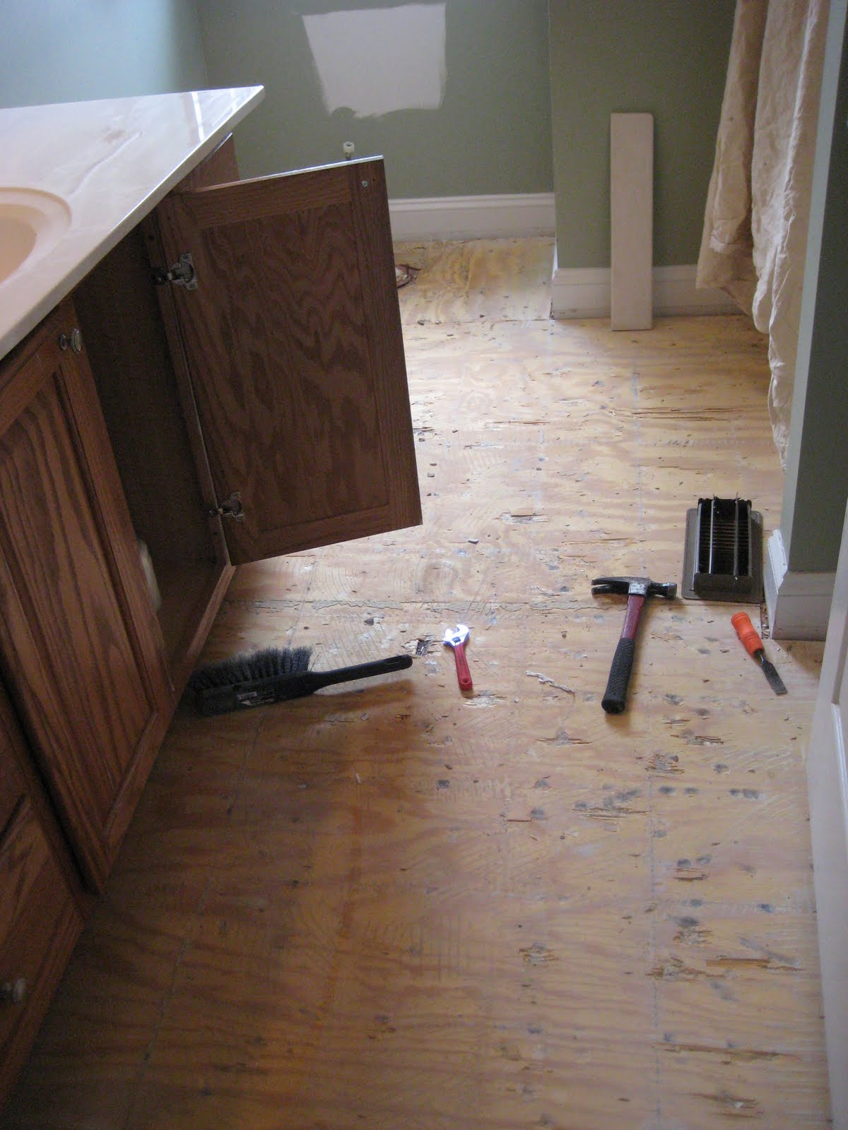 Bathroom Demolition - preparing for a new tile floor - 10 Tiling Tips