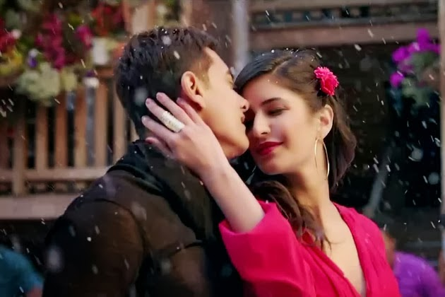 Aamir Khan & Katrina Kaif in Tu hi Junoon song of Bollywood movie Dhoom3