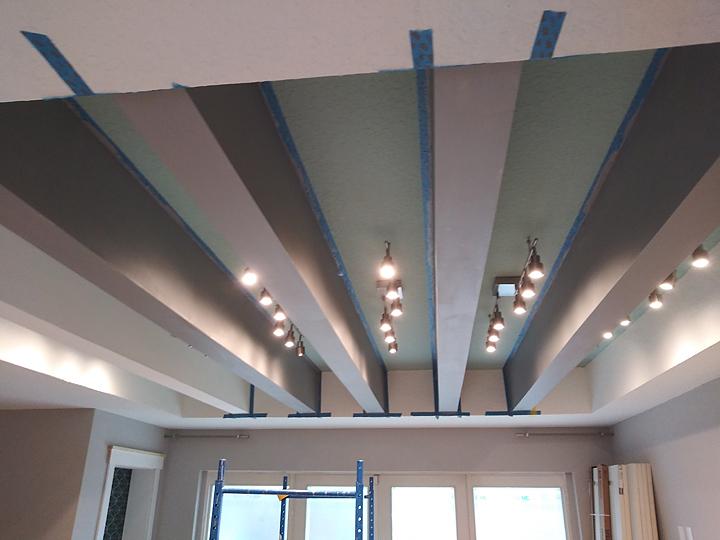 Painting Ceiling Beams To Look Like Wood Everything I Create Woodworking Tutorials Paint Garage Door To Look Like Wood