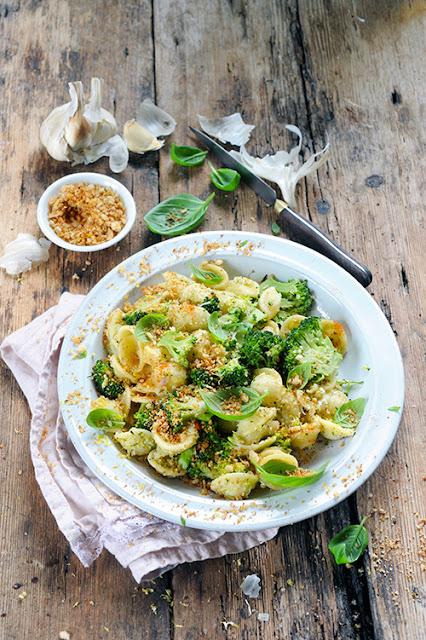 J'aime les pâtes et les légumes… Alors orecchiette au pesto de brocoli ! Pour un nouveau No Meat Today...