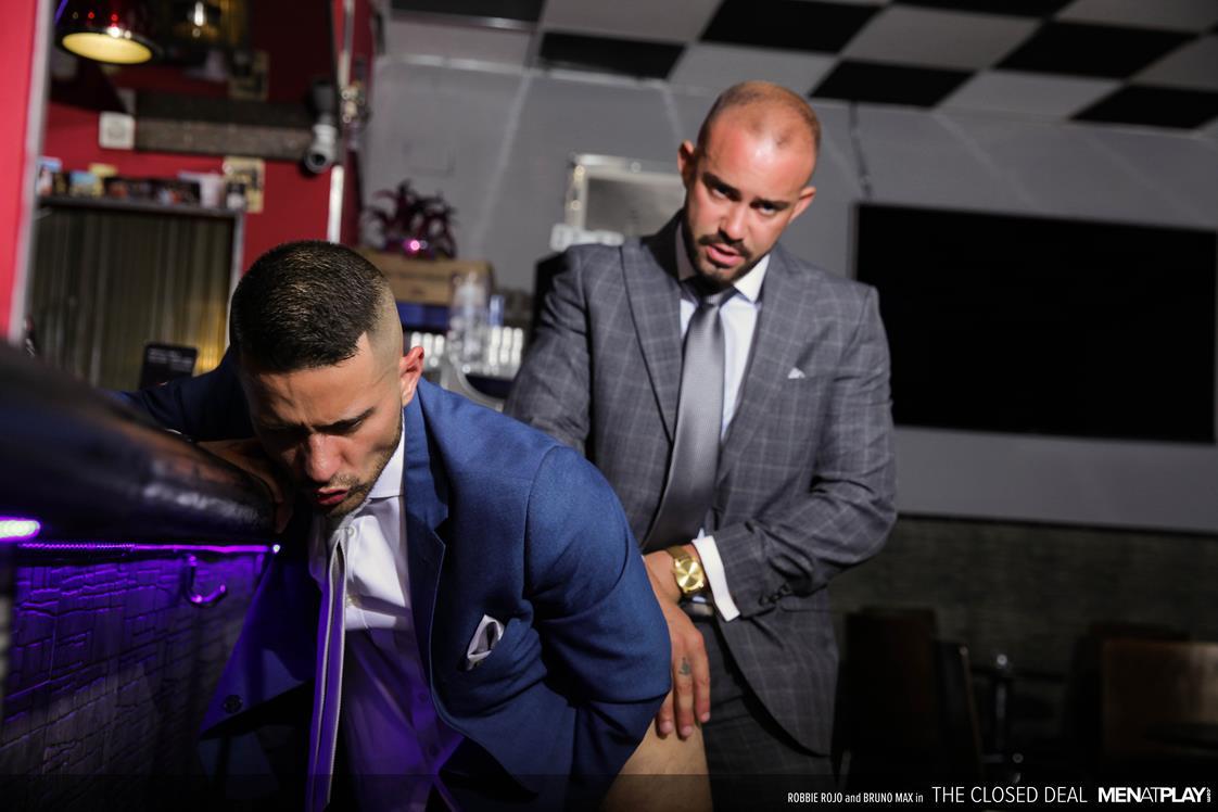 MenAtPlay - The Closed Deal - Bruno Max, Robbie Rojo MenAtPlay