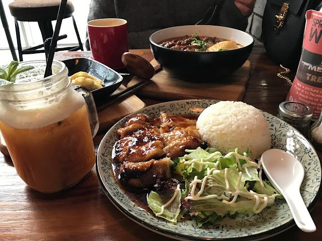 Meet_and_Treat_Cafe_Teryaki_Chicken