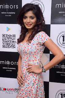 Actress Sanchita Shetty Pictures at Mirrors Salon App Launch Event 0010.JPG