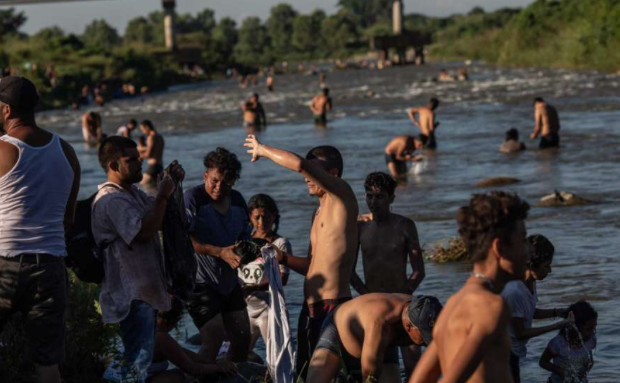 How the migrant caravan became so big and why it's continuing to grow