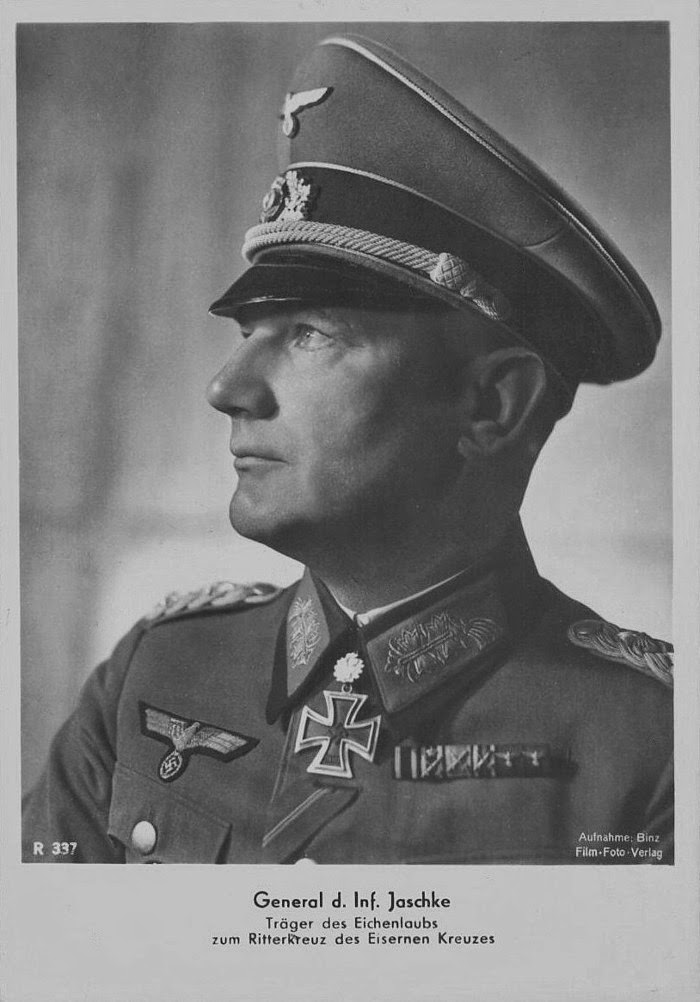 Erich Jaschke Ritterkreuzträger Knight Cross Holder Postcard