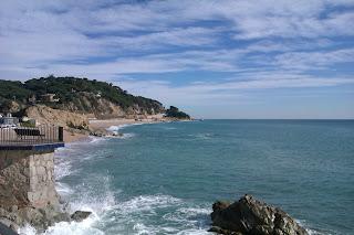 Mirador en el paseo marítimo de San Pol de Mar