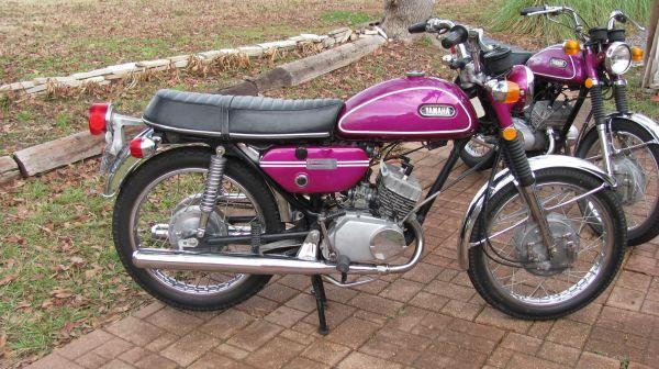 classic vintage motorbike 1970 yamaha 200