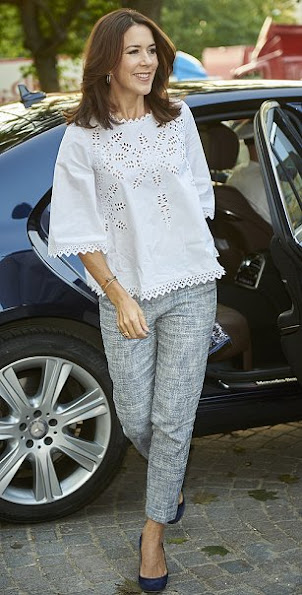 Crown Princess Mary attended a charity event for the Danish Kidney Foundation, Princess Mary style wore blouse