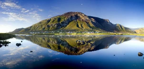 صور رائعه لجمال السماء وصفاء الماء image042-768317.jpg