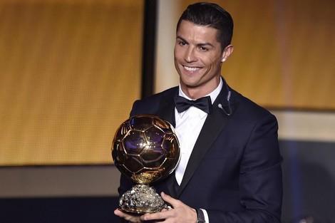 الجهوية 24 - زيدان يعتبر رونالدو اللاعب الأفضل في التاريخ