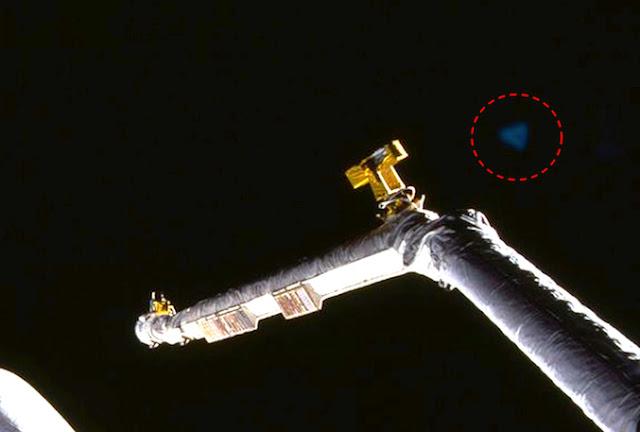 Top Secret Aurora Project Blue Triangle Craft Seen In NASA Shuttle Mission Photo! Sightings%252C%2Bshuttle%252C%2Bgod%252C%2Bgodly%252C%2Bfairy%252C%2Baliens%252C%2Balien%252C%2BET%252C%2Bplanet%2Bx%252C%2Banunnaki%252C%2Bgods%252C%2Bgod%252C%2Bangels%252C%2Bdemons%2BMars%252C%2Bsecret%252C%2Bwtf%252C%2BUFO%252C%2Bsighting%252C%2B2