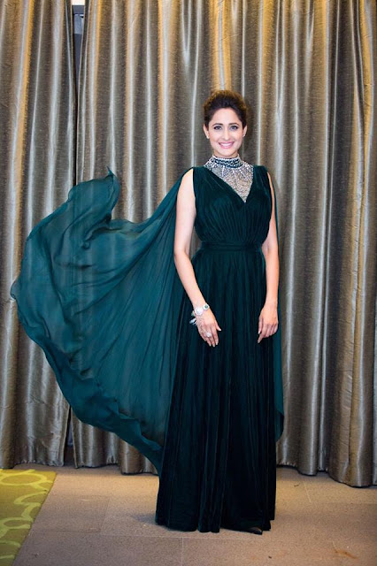 Actress Pragya Jaiswal New Photos
