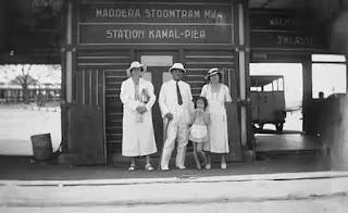 Foto lawas kereta api di Madura tempo doeloe