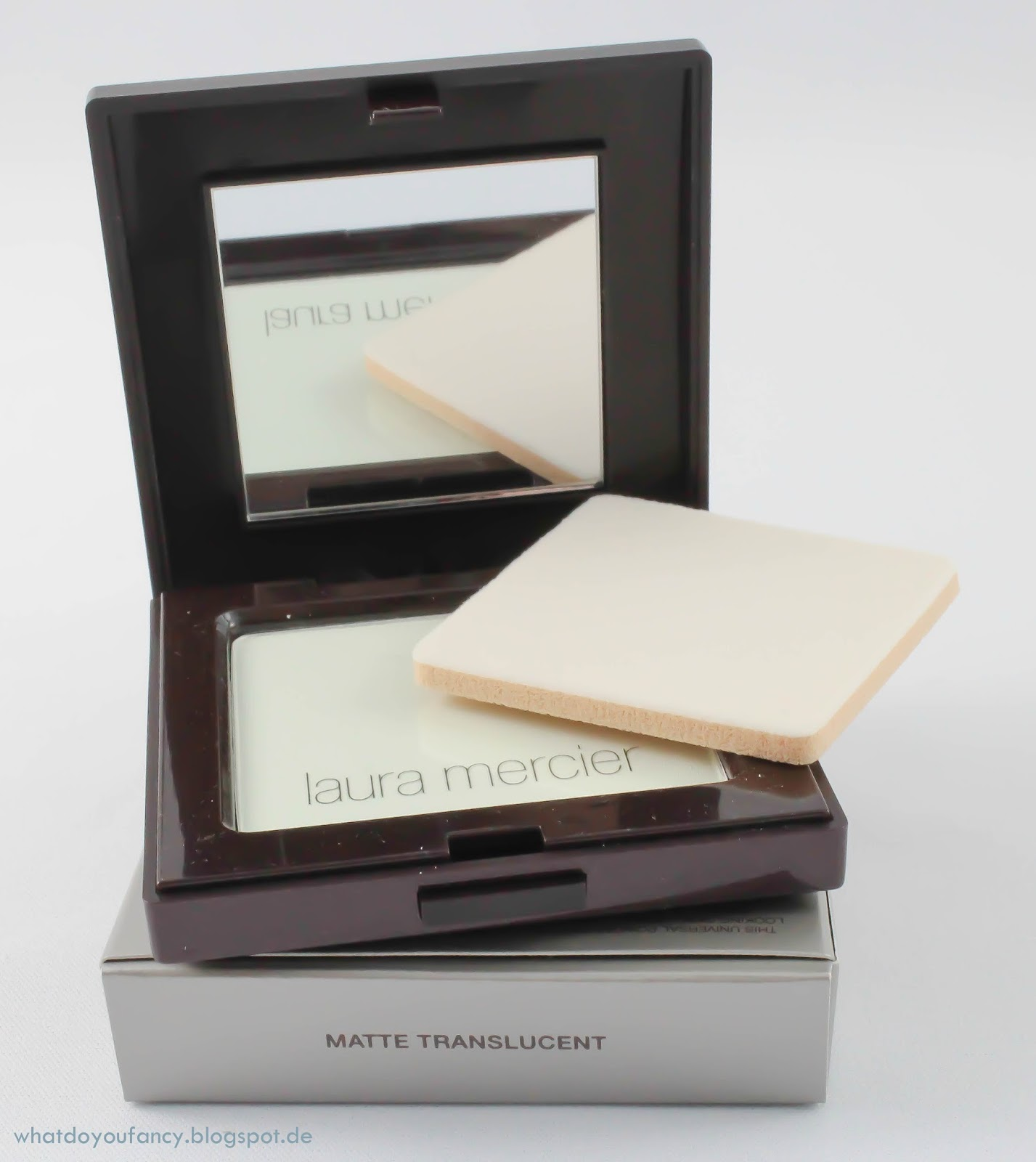 "Laura Mercier Smooth Focus Pressed Setting Powder-Shine Control ""Matte Transluscent"""