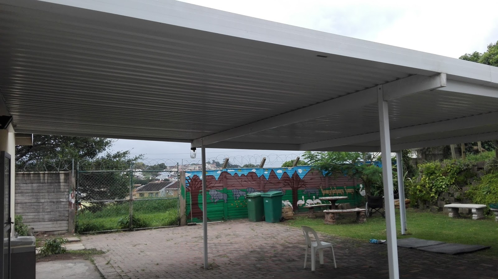 New carport at Cheshire Homes Durban donated by Hollywoodbets Pelican Branch