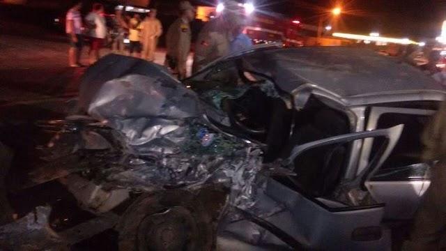 Acidente entre carro e caminhão em Sousa-PB deixa três feridos; Corpo de Bombeiro é acionado