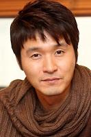 Nama: Lee Sung Jae pemeran Choi Hyun-seo