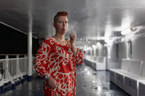 Hannu Pakarinen photo documental, finland people, smoking woman,