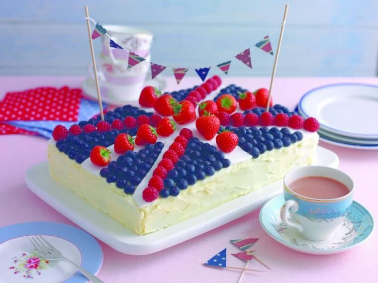 Union Jack Jubilee Cake: Creative Mondays Cake Ideas