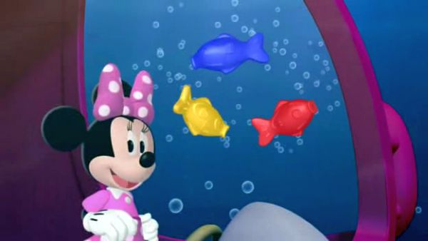 MINNIE: Dive, dive, dive, down to where the fish play.